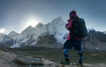 Why Everest is not good in august? local Guide word